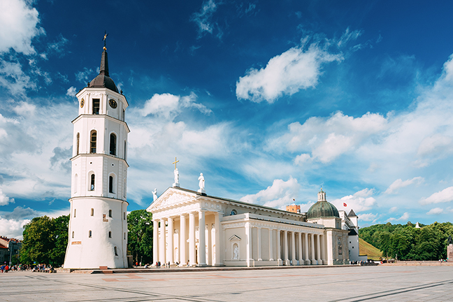 Lithuania_cathedral_square