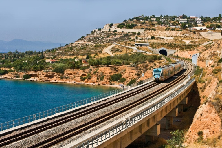 train_in_greece